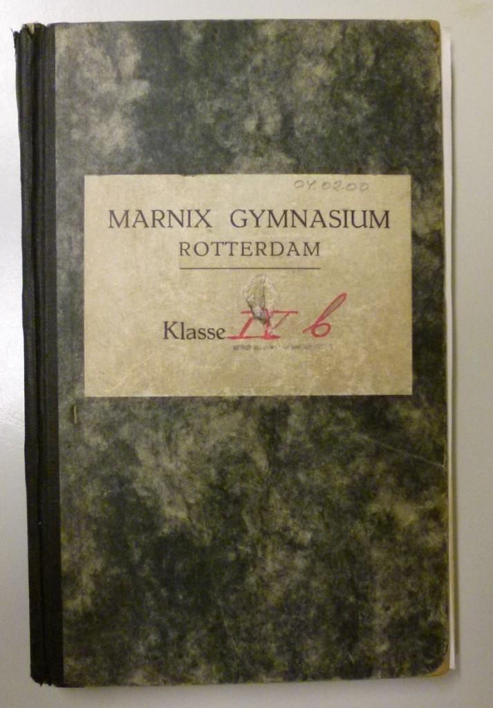 Klassenboek van klas 4-b in 1946-1947